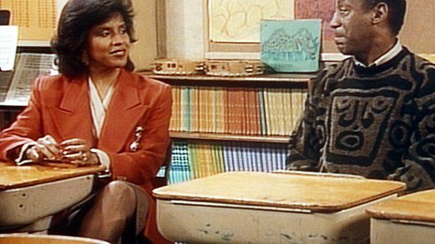 Clair (Phylicia Rashad, l.) und Cliff (Bill Cosby, r.) sind von Rudys Lehreri...