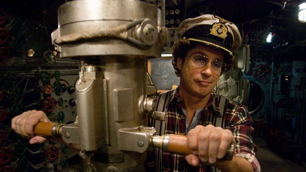 Torpedo los! Atze (Atze Schröder) jagt in feindlichen Gewässern ...