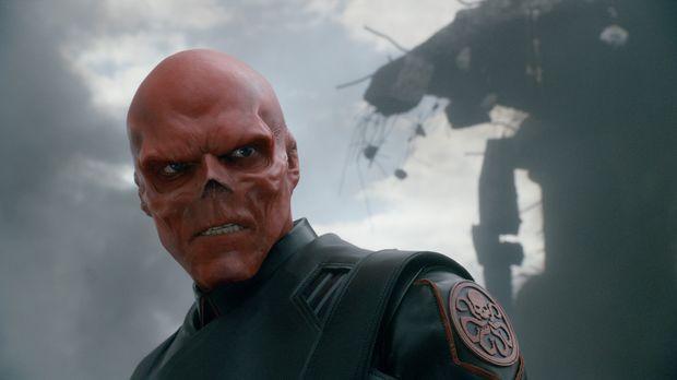 Gilt als unbesiegbar: Naziagent Johann Schmidt alias Red Skull (Hugo Weaving)...