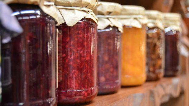 Marmelade-Erdbeere-Blumentopf-pixabay