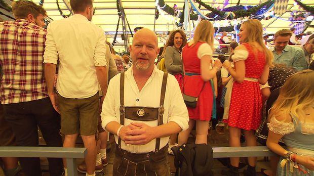 Peter Giesel in Lederhosen © kabel eins