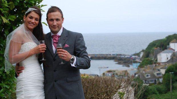 Wird die Hochzeit, geplant von Adam, den Ansprüchen von Lydia genügen? © Rene...