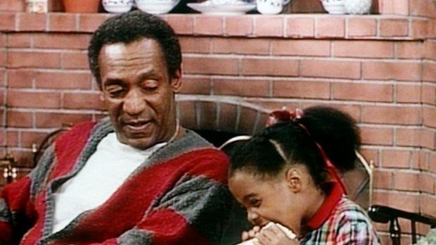 Cliff (Bill Cosby, l.) ist immer wieder erstaunt, welche Mengen seine kleine...