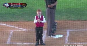 Taff - Hicks! Junge Mit Schluckauf Singt Australiens National-hymne