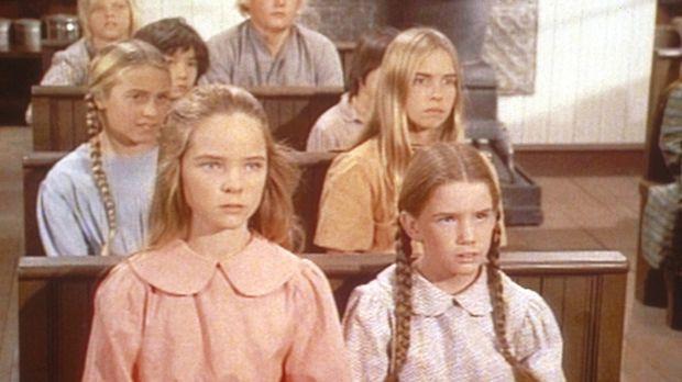 Laura (Melissa Gilbert, r.) und Mary (Melissa Sue Anderson, l.) erfahren mit...