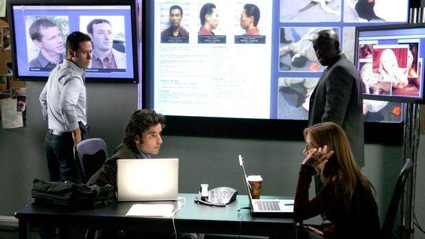 Die Dolmetscherin Kim wird tot aufgefunden. Don (Rob Morrow, l.), Charlie (Da...
