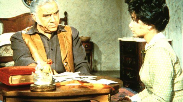 Ben (Lorne Greene) erfährt von Rose (Suzanne Plescette), dass ihr Mann Anführ...