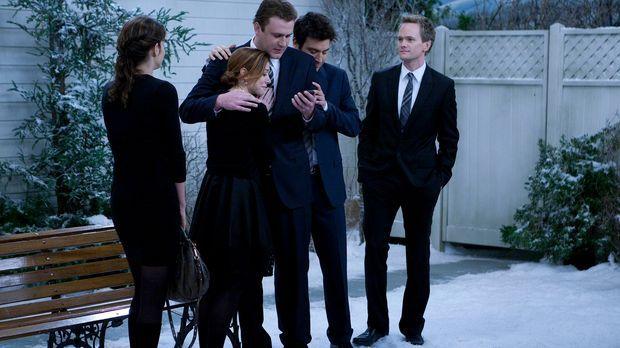 Die Freunde sind zur Beerdigung von Marshalls Vater Marvin nach Minnesota gef...