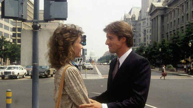 Lee (Bruce Boxleitner, r.) versucht, Amanda (Kate Jackson, l.) zu einem neuen...