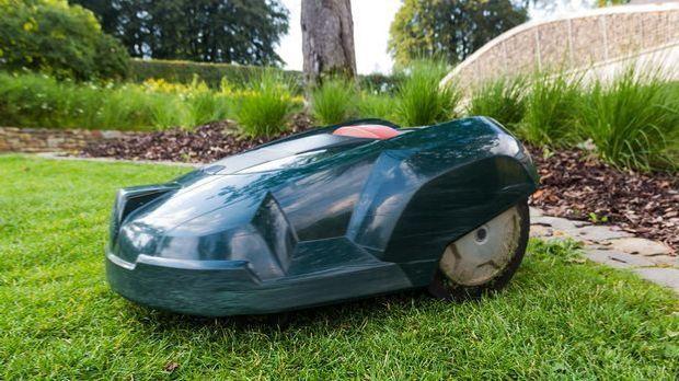 lawn-mower-414252_1280