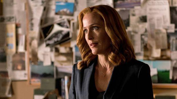 Eine Krankheitswelle lässt die Menschheit mit dem Tod kämpfen, nur Scully (Gi...