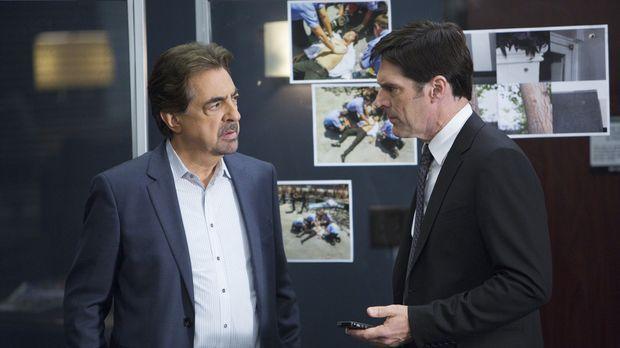 Ermitteln in einem neuen Fall: Hotch (Thomas Gibson, r.) und Rossi (Joe Mante...