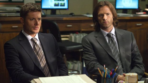 Der neuen Lebensweise von Sam (Jared Padalecki, r.) kann Dean (Jensen Ackels,...