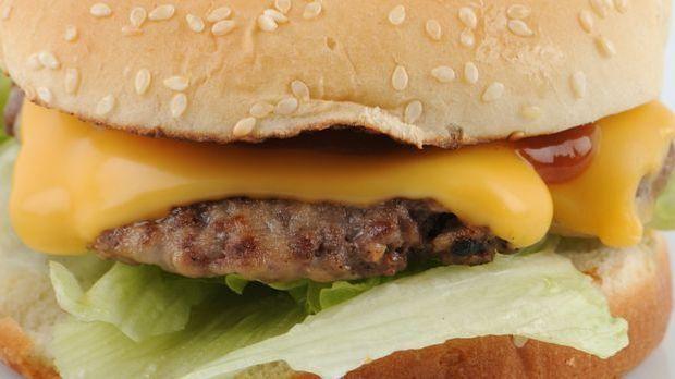 burger_grillen_dpa