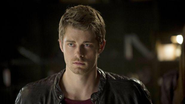 Für John (Luke Mitchell) sind die ganzen Veränderungen und neuen Gefahren nic...