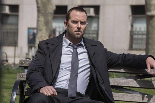 Blindspot - Am Sterbebett seines Vaters erfährt Kurt Weller (Sullivan Staplet...