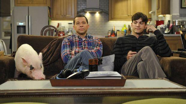 Sind in bester Gesellschaft: Walden (Ashton Kutcher, r.) und Alan (Jon Cryer,...