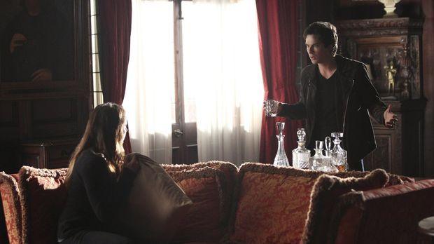 Begeben sich gemeinsam ins Ungewisse, um Bonnie zu retten: Elena (Nina Dobrev...