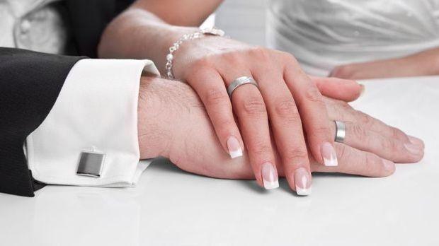 Nägel für Hochzeit
