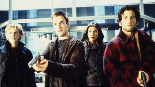 Die jungen FBI Agenten werden auf eine einsame Insel geflogen, um den letzten...