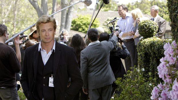 Der Privatdetektiv Patrick Jane (Simon Baker), der sich in seiner früheren La...