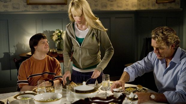 Gelingt es Grace (Megan Park, M.), ihren Bruder Tom (Luke Zimmerman, l.) und...