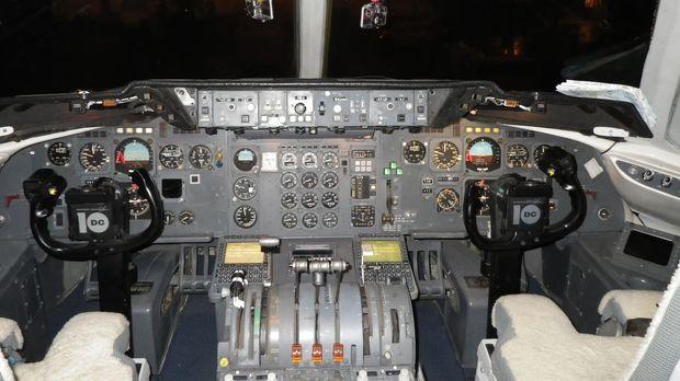 Die ORBIS McDonnell Douglas DC-10 ist die einzige fliegende Augenklinik der W...