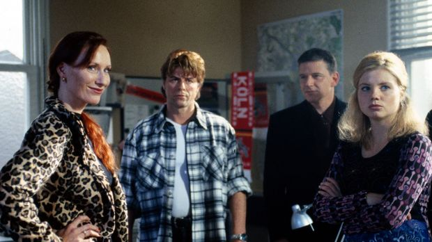 (v.l.n.r.) Die Hellseherin Bernadette Weiss (Andrea Sawatzki), Jupp (Uwe Fell...