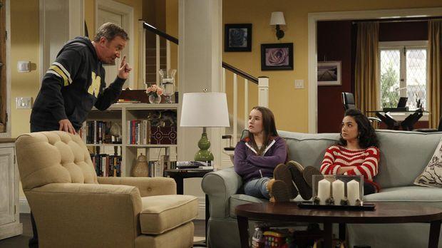 Mike (Tim Allen, l.) findet heraus, dass die sonst so brave Eve (Kaitlyn Deve...