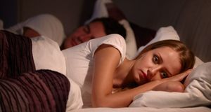 An Schlaflosigkeit kann auch die Ernährung schuld sein. Ein Abendessen ohne K...