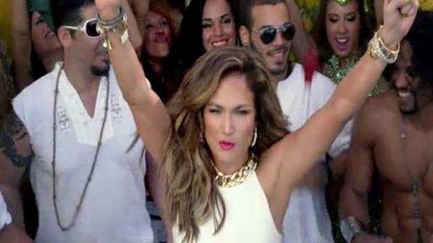 Pitbull feat. Jennifer Lopez & Claudia Leitte -- We Are One (Ole Ola)