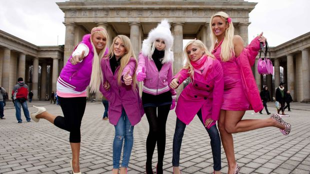 Barbie - für viele junge Frauen ist sie ein Schönheits-Ideal. Bei