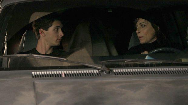 Schwören auf Rache: Reese (Justin Berfiled, l.) und Lois (Jane Kaczmarek, r.)...