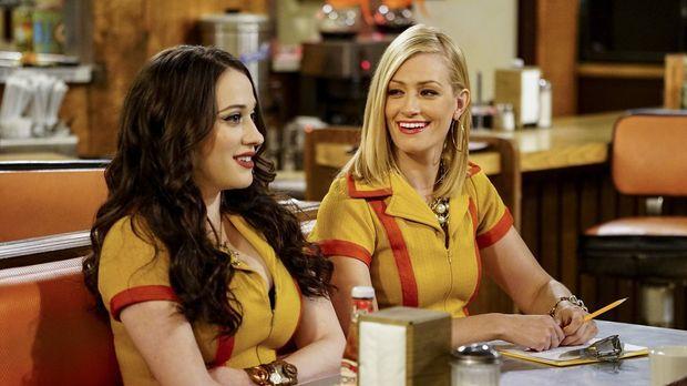 Die neuen Teilhaberinnen im Diner: Max (Kat Dennings, l.) und Caroline (Beth...