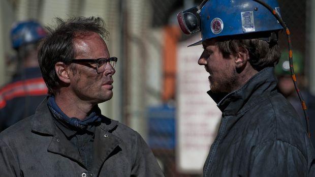 Kyle (Michael Mosley, r.) versucht Boyd (Walton Goggins, l.) auf die dunkle S...