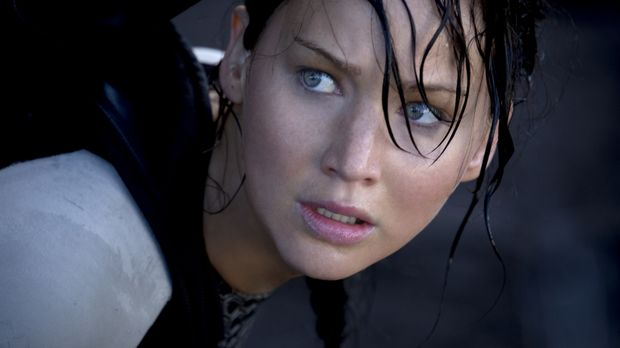 Obwohl von den letztjährigen Hungerspielen schwer traumatisiert, muss Katniss...