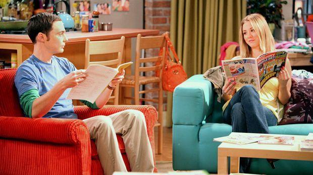 Geraten wegen einem Seuchensessel in Streit: Sheldon (Jim Parsons, l.) und Pe...