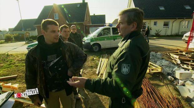 Achtung Kontrolle - Donnerstag: Schwarze Schafe Auf Dem Bau (1)